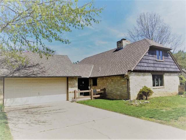 1710 Cotswold Ln, Winfield, KS 67156 (MLS #579684) :: On The Move