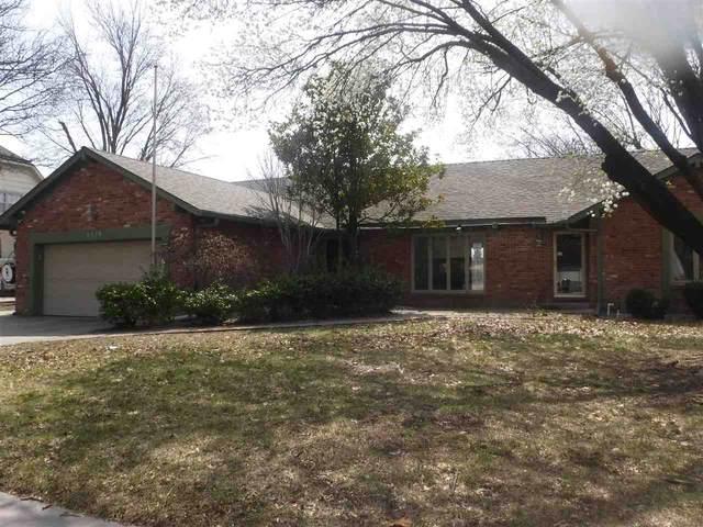 8229 E Brentmoor St, Wichita, KS 67206 (MLS #579729) :: Pinnacle Realty Group