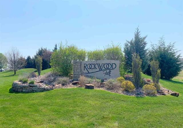 1370 N Countrywalk St, Rose Hill, KS 67133 (MLS #579882) :: Pinnacle Realty Group