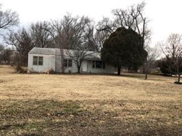 5719 Jones, Wichita, KS 67217 (MLS #580382) :: Graham Realtors