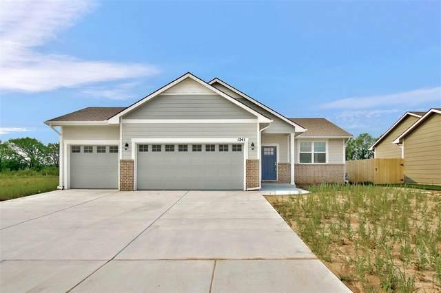1241 E Prairie Hill Cir, Park City, KS 67219 (MLS #581358) :: Lange Real Estate