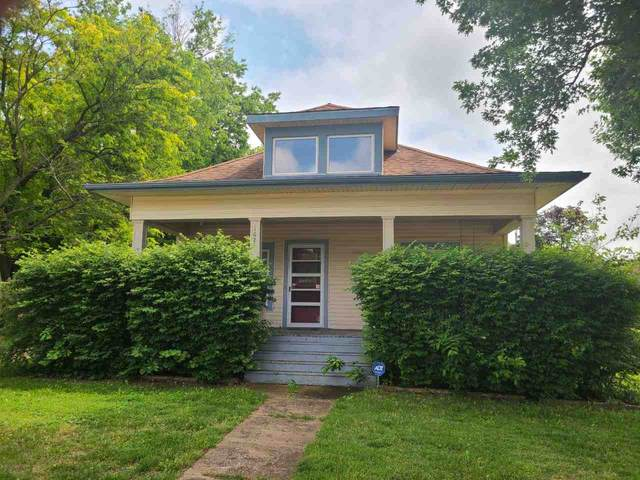 1621 E 7TH AVE, Winfield, KS 67156 (MLS #581544) :: Lange Real Estate