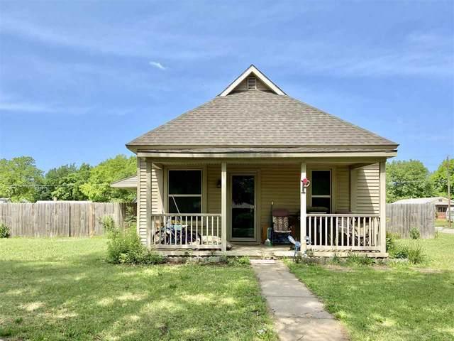 502 S Springfield Ave, Anthony, KS 67003 (MLS #581648) :: Kirk Short's Wichita Home Team