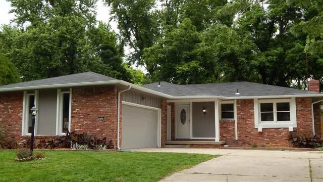 818 N Brook Forest Rd, Derby, KS 67037 (MLS #581709) :: Lange Real Estate
