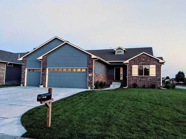 705 E Sprucewood Cir, Park City, KS 67147 (MLS #581854) :: Lange Real Estate