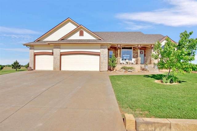 3011 N Lombard Ln, Wichita, KS 67223 (MLS #582108) :: Kirk Short's Wichita Home Team