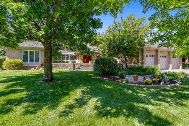 2521 N Lake Ridge Circle, Wichita, KS 67205 (MLS #582154) :: Kirk Short's Wichita Home Team