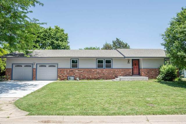 306 Howard Place, Mount Hope, KS 67108 (MLS #582175) :: Graham Realtors
