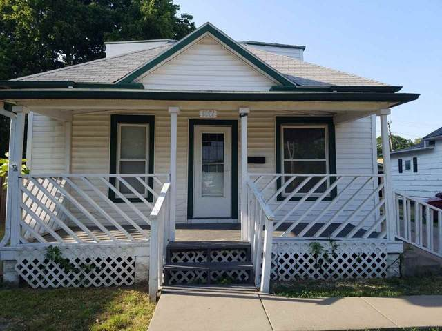 1001 E Harvey Ave, Wellington, KS 67152 (MLS #582652) :: Graham Realtors