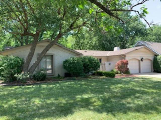 201 N Burr Oak, Wichita, KS 67206 (MLS #583121) :: Graham Realtors