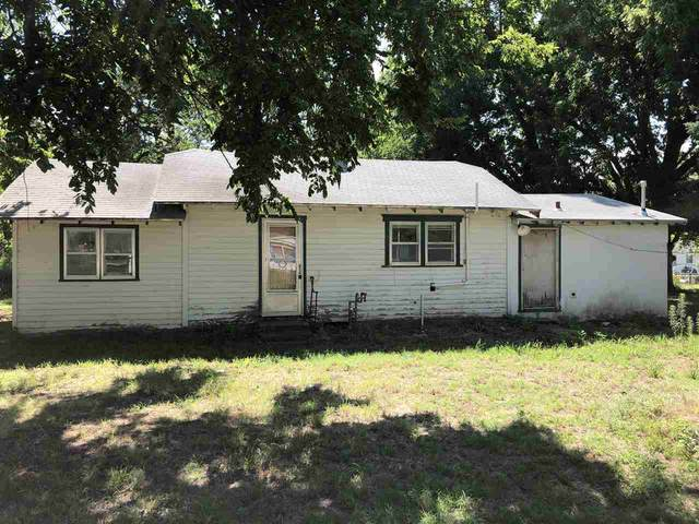1213 W Colorado Ave, Arkansas City, KS 67005 (MLS #583147) :: Graham Realtors