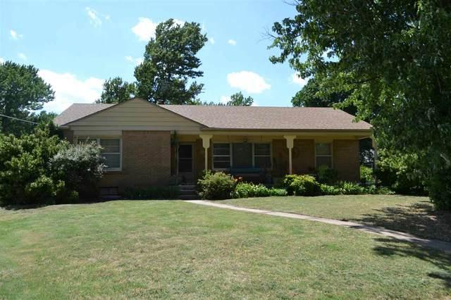 5101 E Blake Ct, Wichita, KS 67218 (MLS #583494) :: Lange Real Estate