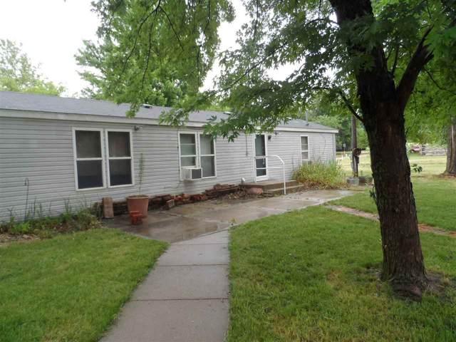 803 E 8th St, Harper, KS 67058 (MLS #583536) :: Lange Real Estate