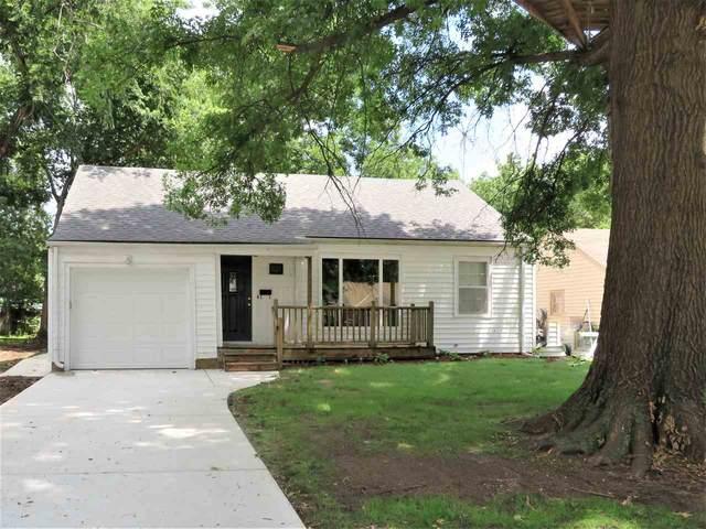 624 S Crestway, Wichita, KS 67218 (MLS #583558) :: On The Move
