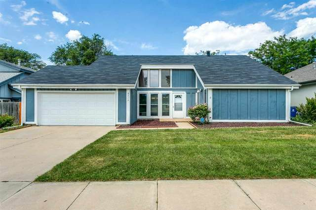 8216 E Chalet Dr, Wichita, KS 67207 (MLS #583697) :: Lange Real Estate