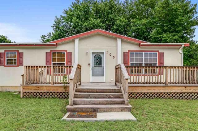 105 N High St, Wellington, KS 67152 (MLS #583718) :: Lange Real Estate