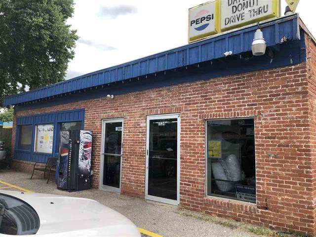 1524 Main St, Winfield, KS 67156 (MLS #584163) :: Pinnacle Realty Group
