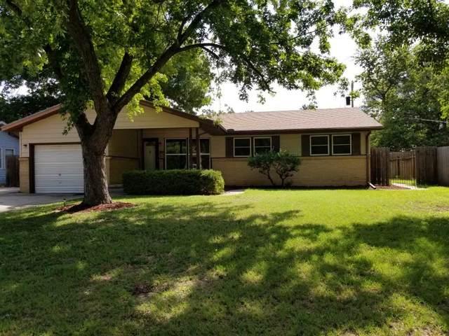 2416 N Perry Ave, Wichita, KS 67204 (MLS #584632) :: Keller Williams Hometown Partners
