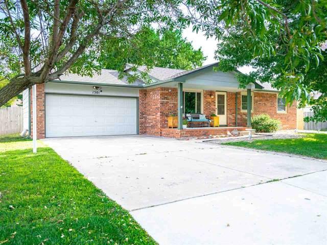 1301 E Dirck St, Haysville, KS 67060 (MLS #584692) :: Lange Real Estate