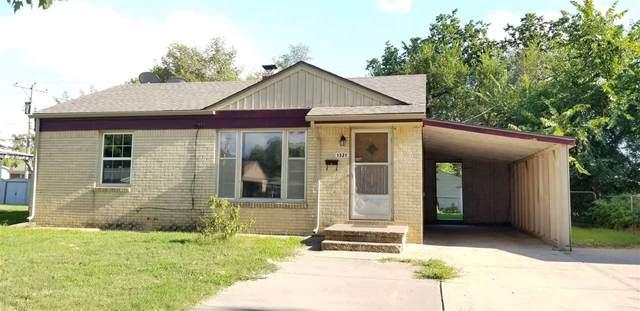 1321 E Berkeley St, Wichita, KS 67216 (MLS #584711) :: Keller Williams Hometown Partners
