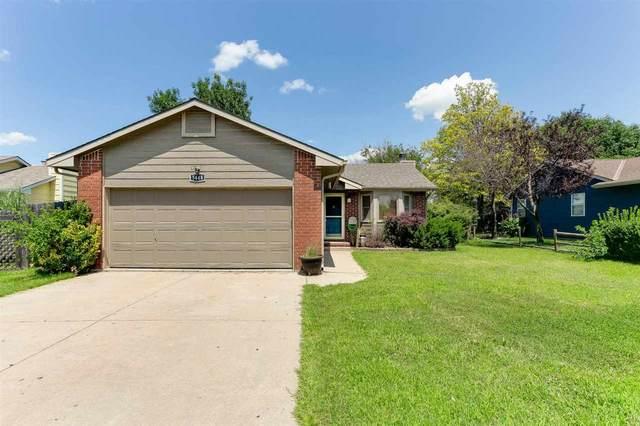 5448 S Stoneborough Ct, Wichita, KS 67217 (MLS #584729) :: Lange Real Estate