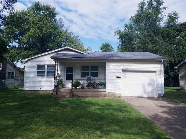 1806 N B St, Wellington, KS 67152 (MLS #584758) :: Lange Real Estate