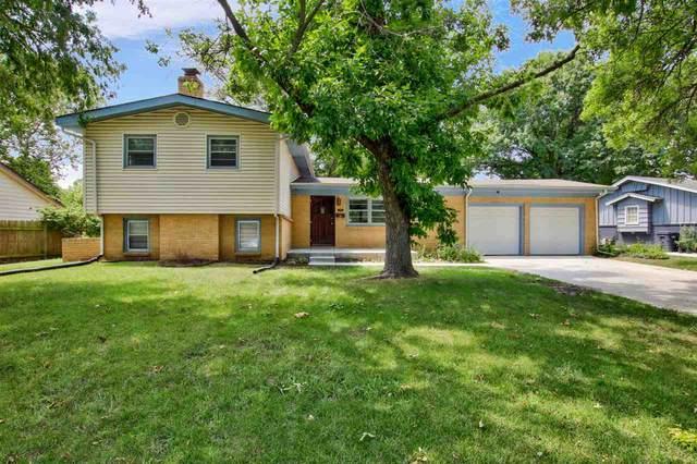 1213 Farmstead St, Wichita, KS 67208 (MLS #584862) :: Kirk Short's Wichita Home Team