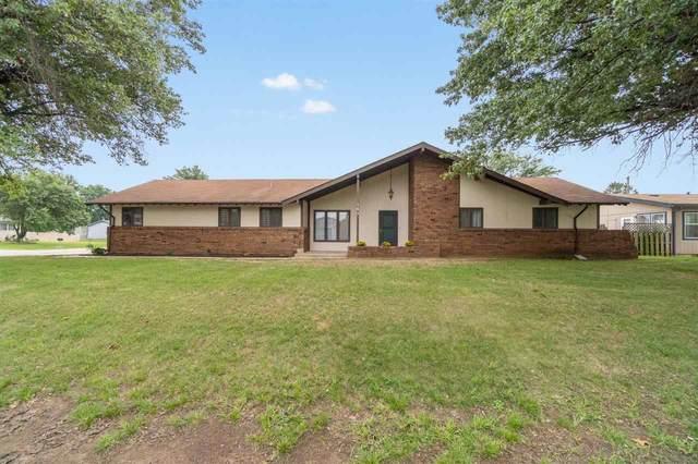 141 E 11th Ave, Belle Plaine, KS 67013 (MLS #584921) :: Lange Real Estate