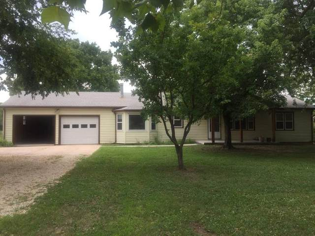 314 W Virginia Rd, Andover, KS 67002 (MLS #585020) :: Kirk Short's Wichita Home Team