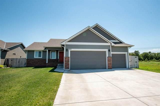 1225 E Prairie Hill Cir, Park City, KS 67219 (MLS #585027) :: Lange Real Estate