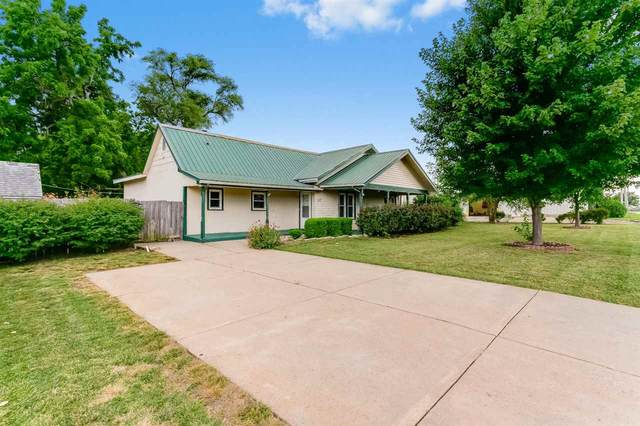 217 E Market St, Derby, KS 67037 (MLS #585045) :: Preister and Partners | Keller Williams Hometown Partners
