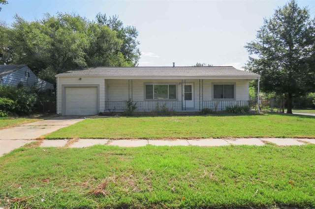 1748 S Faulders Ln, Wichita, KS 67218 (MLS #585096) :: Kirk Short's Wichita Home Team