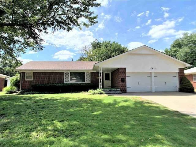1511 N Mount Carmel Ave, Wichita, KS 67203 (MLS #585117) :: Pinnacle Realty Group