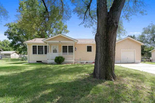 207 W Meadowlark Blvd, Derby, KS 67037 (MLS #585190) :: Kirk Short's Wichita Home Team