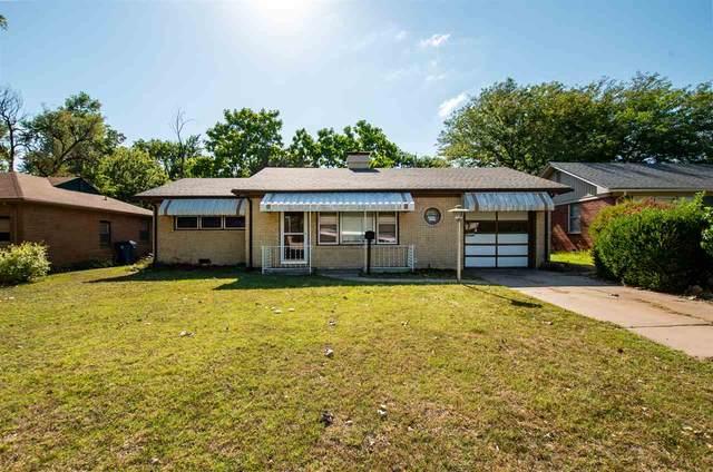 2011 S Edgemoor St, Wichita, KS 67218 (MLS #585238) :: Kirk Short's Wichita Home Team