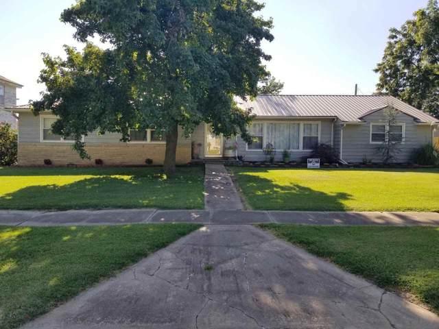 711 Oak St, Burden, KS 67019 (MLS #585359) :: On The Move