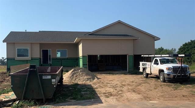 4641 S Flora Ct, Wichita, KS 67215 (MLS #585614) :: Preister and Partners | Keller Williams Hometown Partners