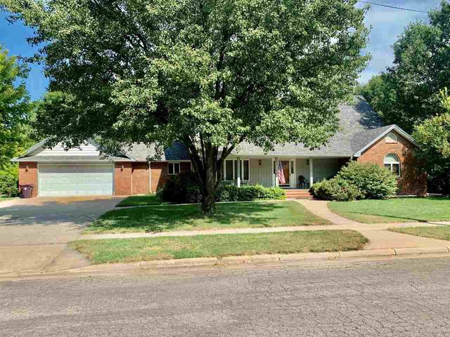 310 S Schmidt Ave, Moundridge, KS 67107 (MLS #585828) :: Keller Williams Hometown Partners
