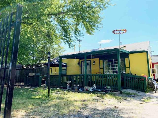 5031 S Hemlock Pl., Wichita, KS 67216 (MLS #585902) :: Graham Realtors