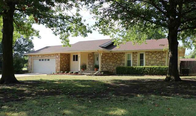 2 Frontier Ln, Rose Hill, KS 67133 (MLS #585996) :: On The Move