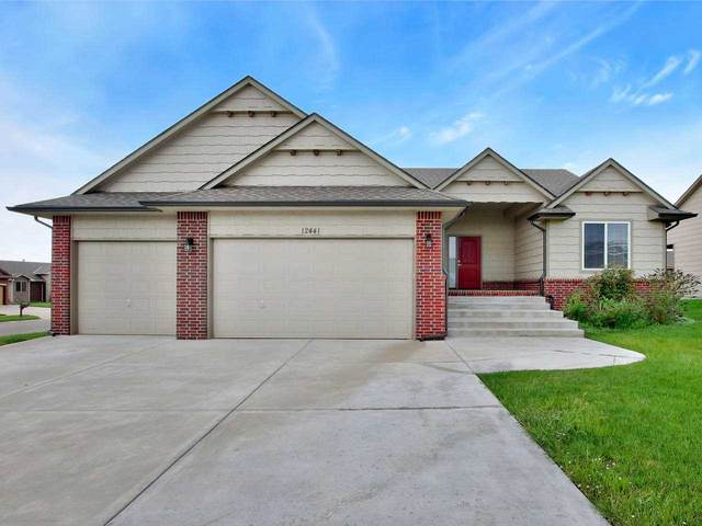 12441 E Casa Bella Ct, Wichita, KS 67207 (MLS #586286) :: Jamey & Liz Blubaugh Realtors