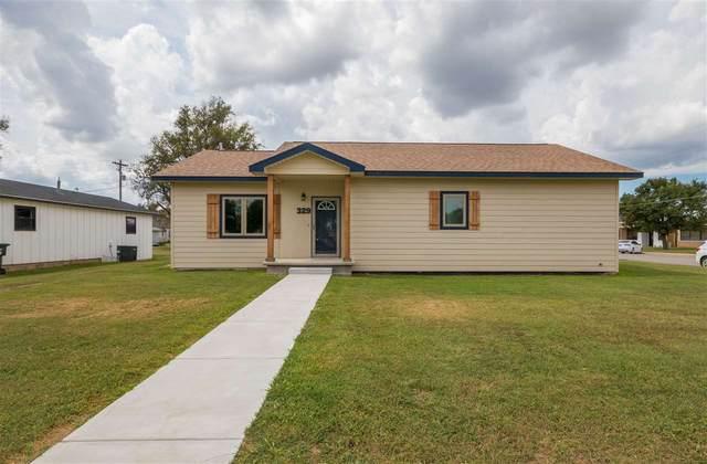 329 N Main Street, Cunningham, KS 67035 (MLS #586287) :: Keller Williams Hometown Partners