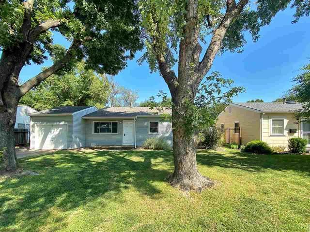 214 S Wire Ave, Haysville, KS 67060 (MLS #586367) :: Kirk Short's Wichita Home Team
