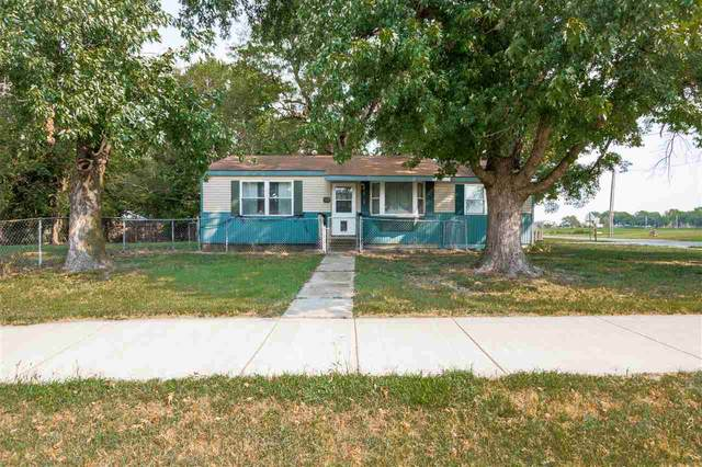 504 E 4th St, Sedgwick, KS 67135 (MLS #586419) :: Graham Realtors