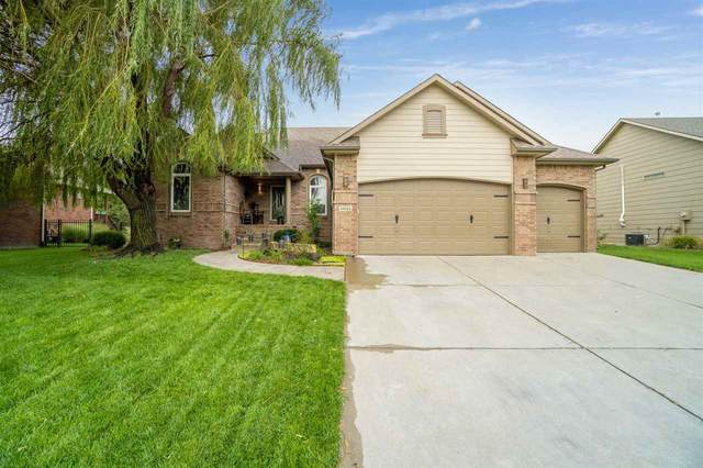 10022 W Westlakes Ct, Wichita, KS 67205 (MLS #586648) :: Keller Williams Hometown Partners