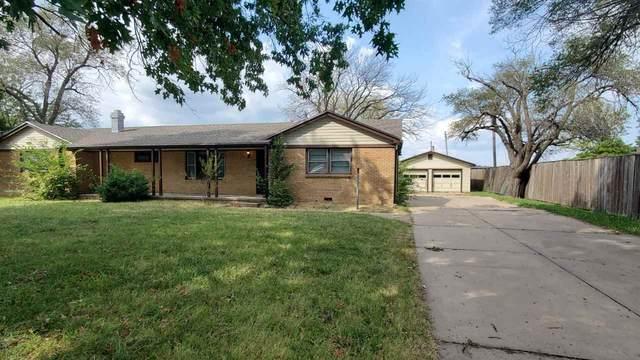 9220 E Osie St., Wichita, KS 67207 (MLS #586926) :: On The Move