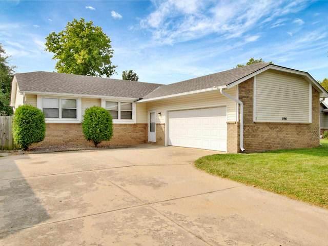 11941 W Rolling Hills St, Wichita, KS 67212 (MLS #587019) :: Pinnacle Realty Group