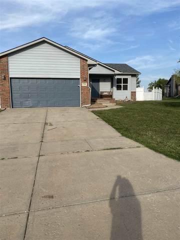 1720 N Hawthorn Cir, Andover, KS 67002 (MLS #587249) :: Preister and Partners | Keller Williams Hometown Partners