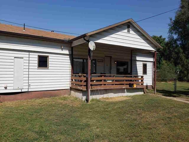 8150 S Santa Fe, Haysville, KS 67060 (MLS #587271) :: Preister and Partners | Keller Williams Hometown Partners