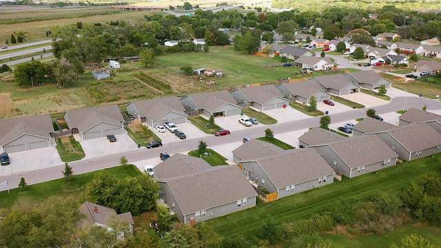 1276 N Curtis Ct 1278 N Curtis, Wichita, KS 67101 (MLS #587360) :: Keller Williams Hometown Partners